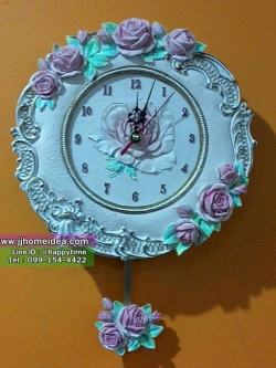 นาฬิกาแขวนติดผนังสไตล์วินเทจ งานเรซิ่น ลวดลายเป็นภาพดอกกุหลาบนูนต่ำ