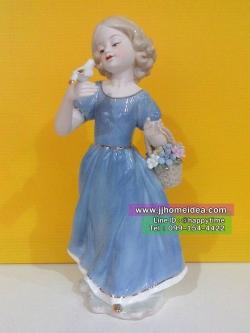 ตุ๊กตาเรซิ่นตั้งโชว์ตกแต่งบ้าน รุ่นเด็กสาวถือนกและตะกร้าดอกไม้