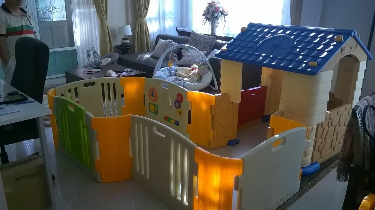 รั้วกั้นเด็ก Eduplay เอดูเพลย์ รุ่น Happy Baby Room สีส้มเขียว ไซส์ L + บ้านเด็ก