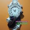 นาฬิกาแขวนผนังเรซิ่น สไตล์วินเทจ ประดับกุหลาบ และไวโอลิน