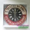 นาฬิกาวินเทจแขวนติดผนัง รุ่น L Hotel Blanc PARIS