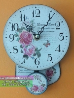 นาฬิกาไม้ติดผนังตกแต่งร้าน พิมพ์ลายดอกกุหลาบ ขนาดจิ๋วๆน่ารักๆ มีตุ้มแกว่ง